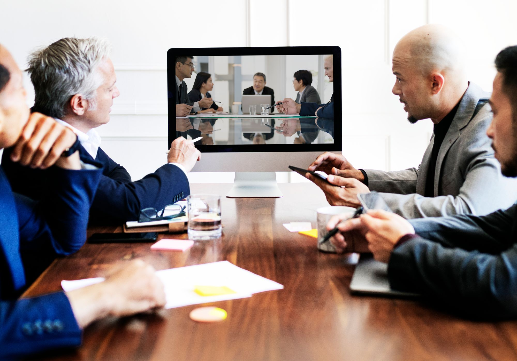 Virtual vs. Face-to-Face – Which Meeting Type is Better?