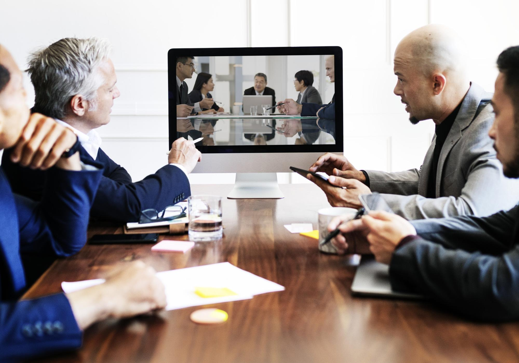 9 Tips to Make Online Meetings More Engaging